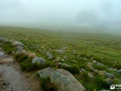 Laguna Grande-Sierra de Gredos; la pedriza charca verde actividades de montaña el taller excursioni